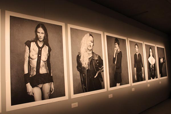 Chanel Berlin the black jacket by chanel berlin exhibition les berlinettes