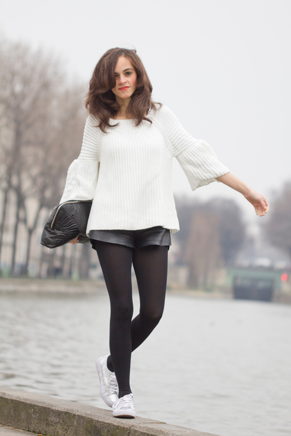 White knit, Black leather short and Superga Silver Cotmetu Sneakers
