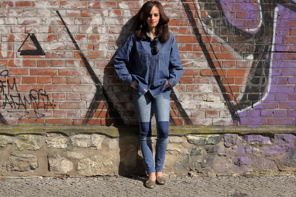 Denim Blouse, Patchwork jeans and Gold Glitter jelly Slipper