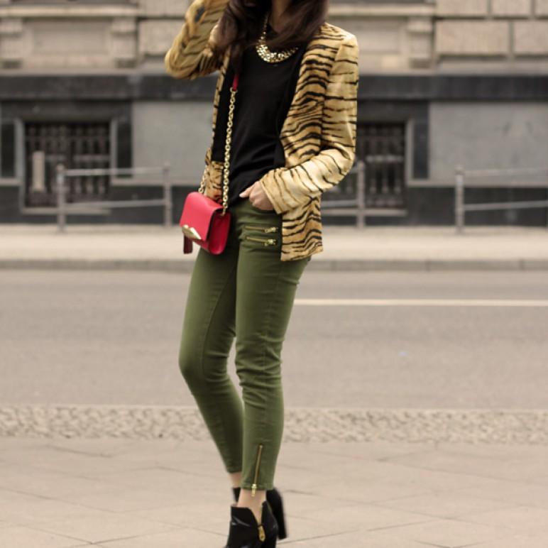 DVF Carolina Lip Clutch,  Tiger print Blazer and H&M Conscious green jeans with zipper