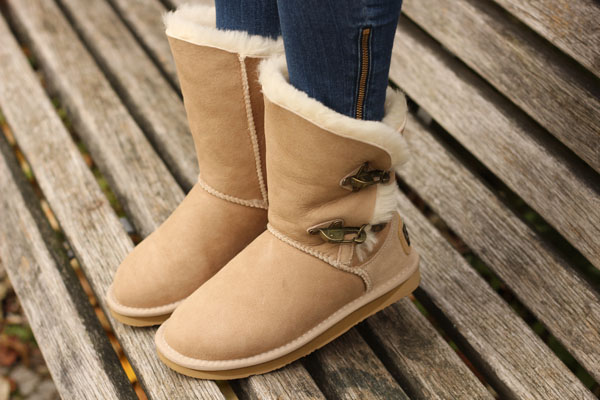 australia luxe collective sheepskin footwear amandine fashion blogger berlin germany outfit renegade