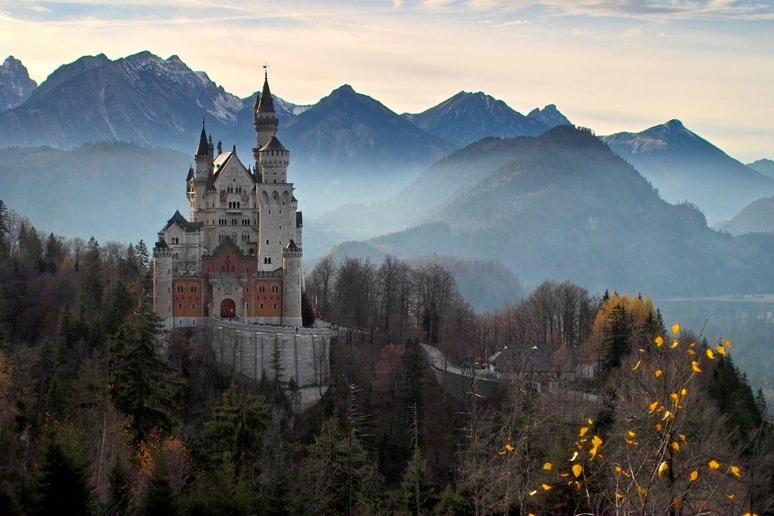 Neuschwanstein castle romantic road itinerary Germany most beautiful road trip