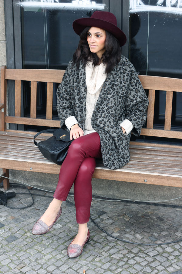 amandine fashion blogger berlin germany ysl yves saint laurent vintage bag glitter shoes slippers and other stories leopard coat