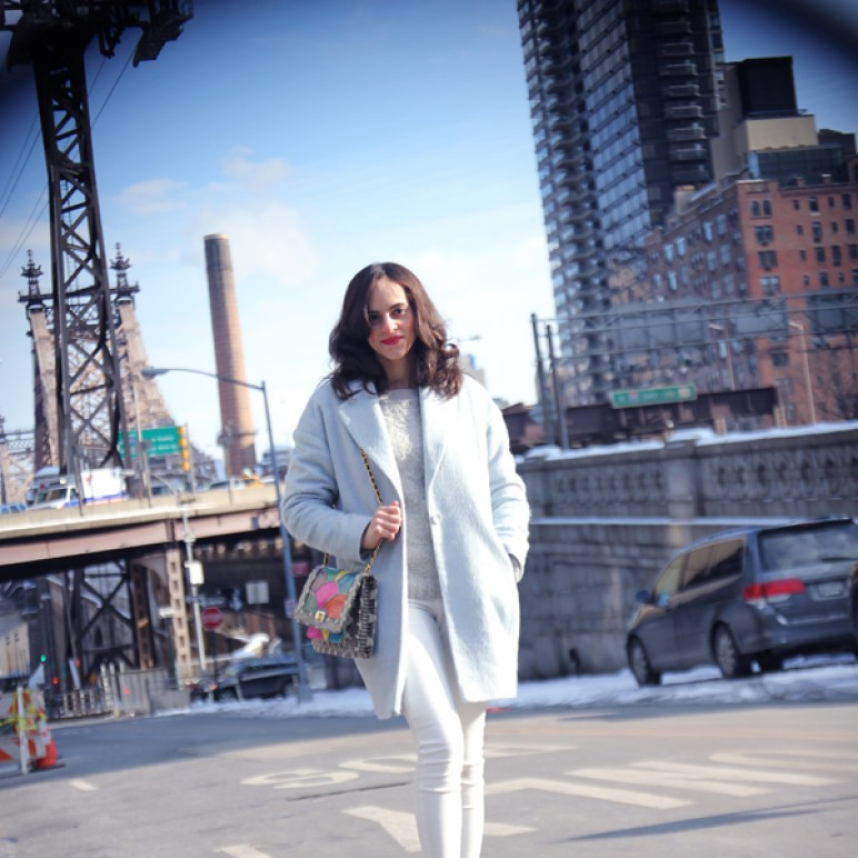 NYC Outfit : Blue coat, white jeans and Angel Jackson Disco Rainbow Jai Bright Bag