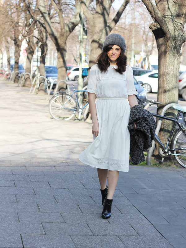 amandine fashion blogger berlin germany white maxi dress spring 2014 and other stories