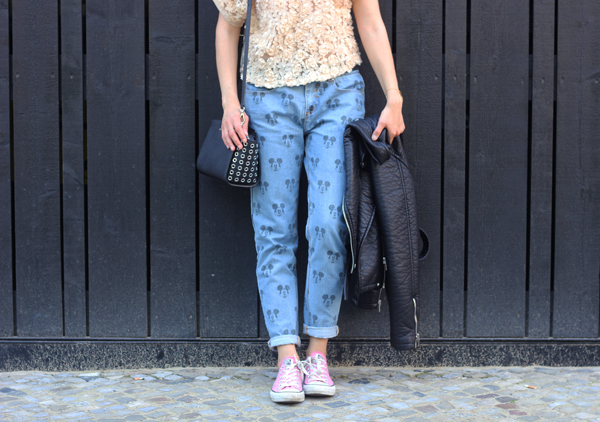 eleven paris mickey darya boyfriend jeans
