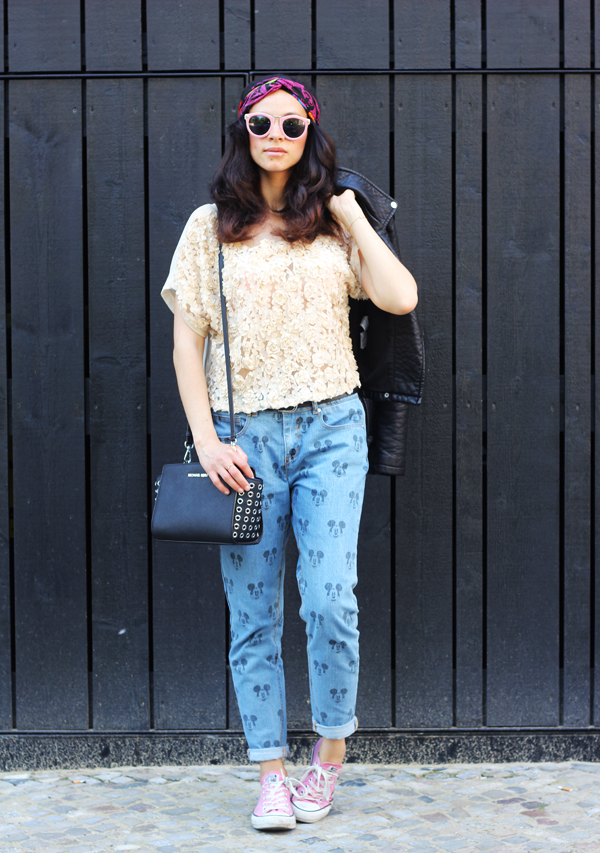 outfit eleven paris darya mickey jeans amandine fashion blogger berlin germany