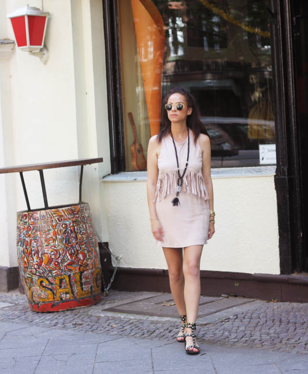 fringe dress fringed missguided nude amandine fashion blogger berlin germany
