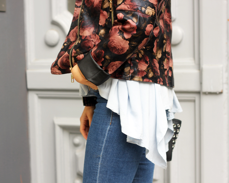 amandine fashion blogger berlin germany forever21 leather jacket with flower print