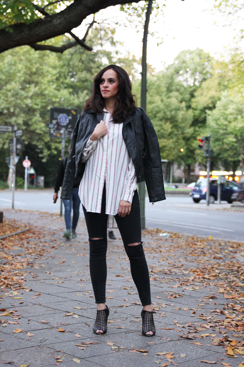 amandine fashion blogger berlin germany black leather jacket striped shirt