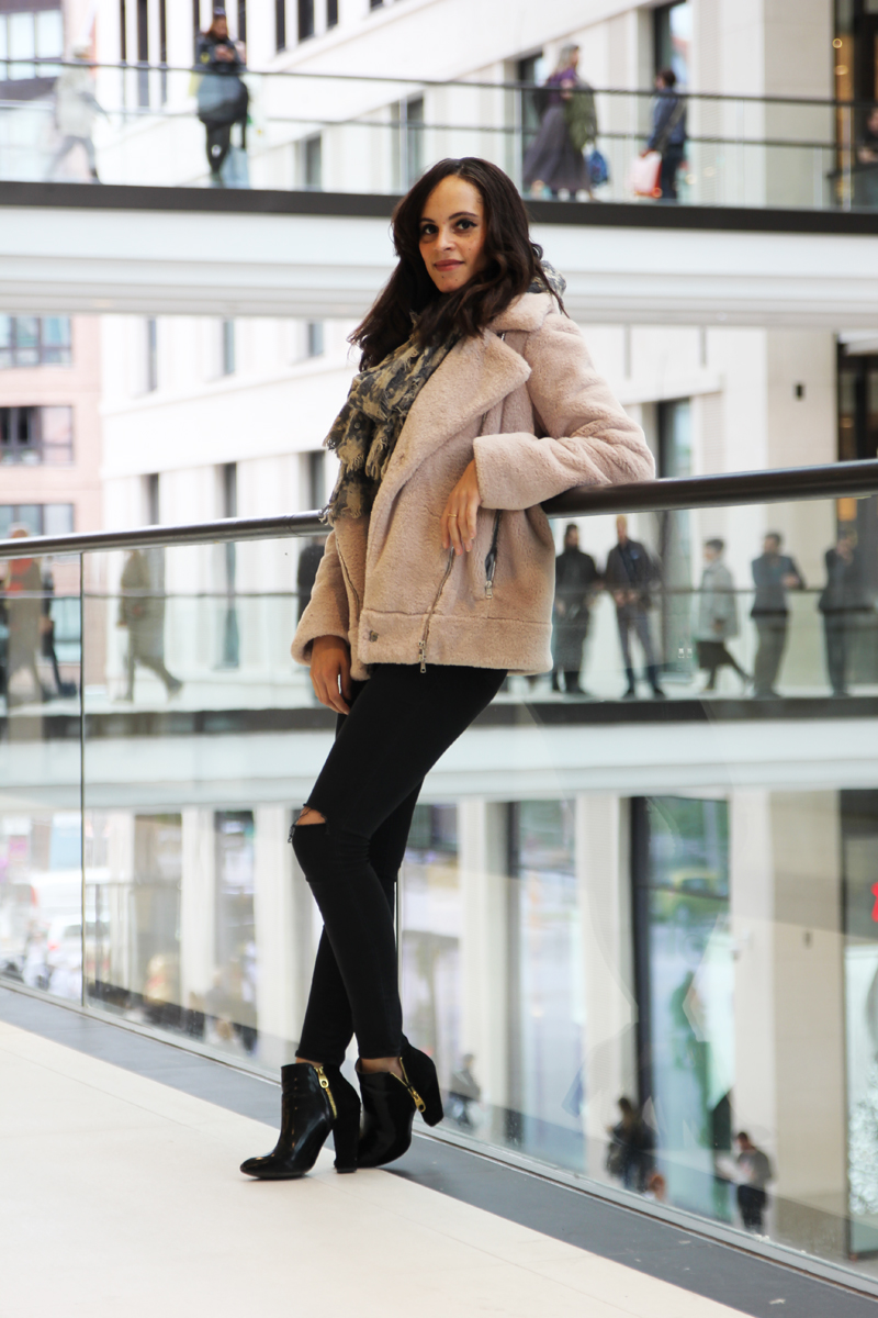 Outfit – Fake Fur Biker Jacket by Marc Cain