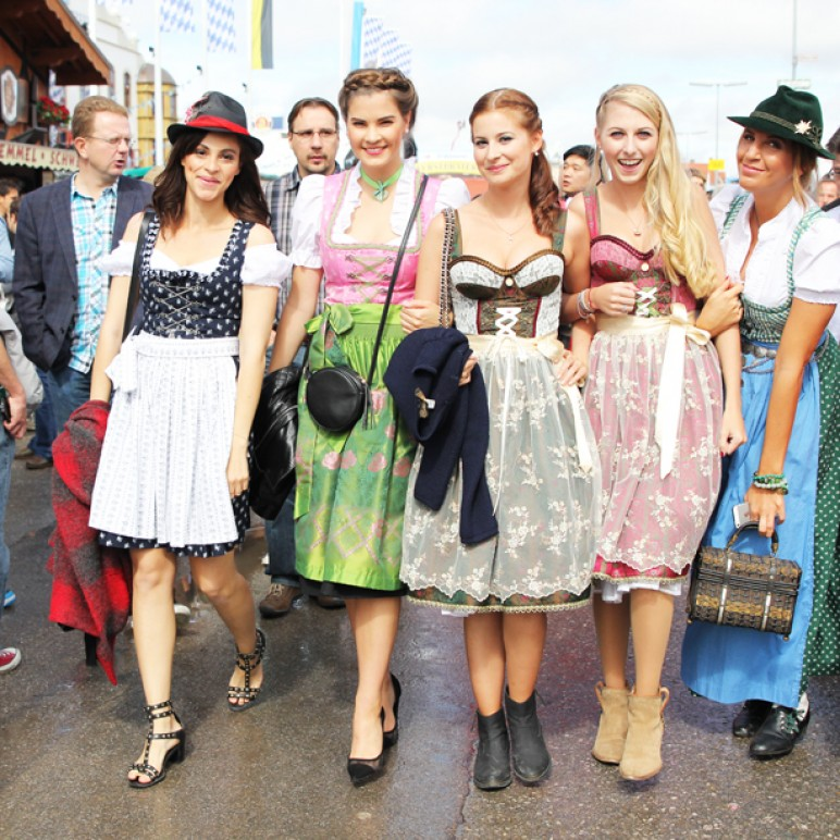 Russian Clothing For Women 2014 Bloggers at Oktoberfes...