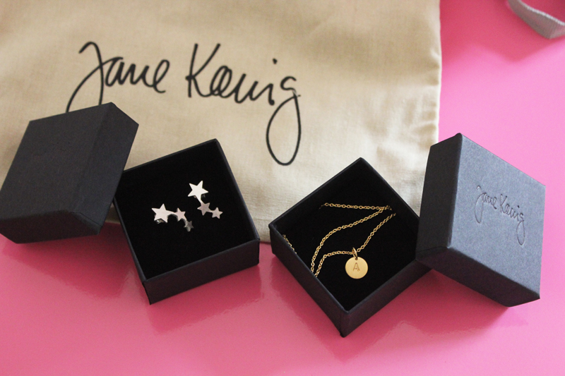 jane koenig monogramm necklace pendant and stars earrings