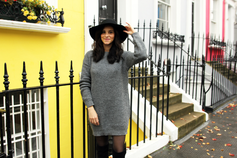 amandine fashion blogger berlin germany wearing outfit boohoo grey knit dress