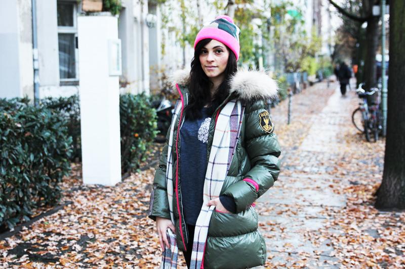 amandine fashion blogger berlin germany wearing outfit eleven elfs earth spirit green khaki down jacket 3