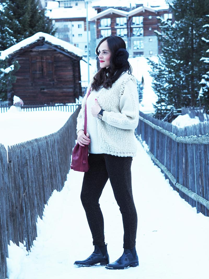 amandine fashion blogger switzerland zermatt winter outfit shinola bag