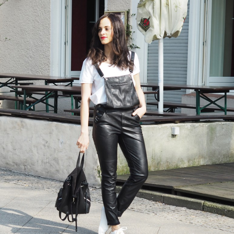 Outfit – Black leather dungaree from Gina Tricot