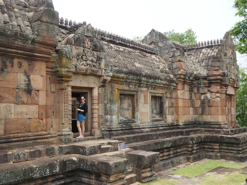 Prasat Muang Tam temple Burinam Thailand khmer architecture