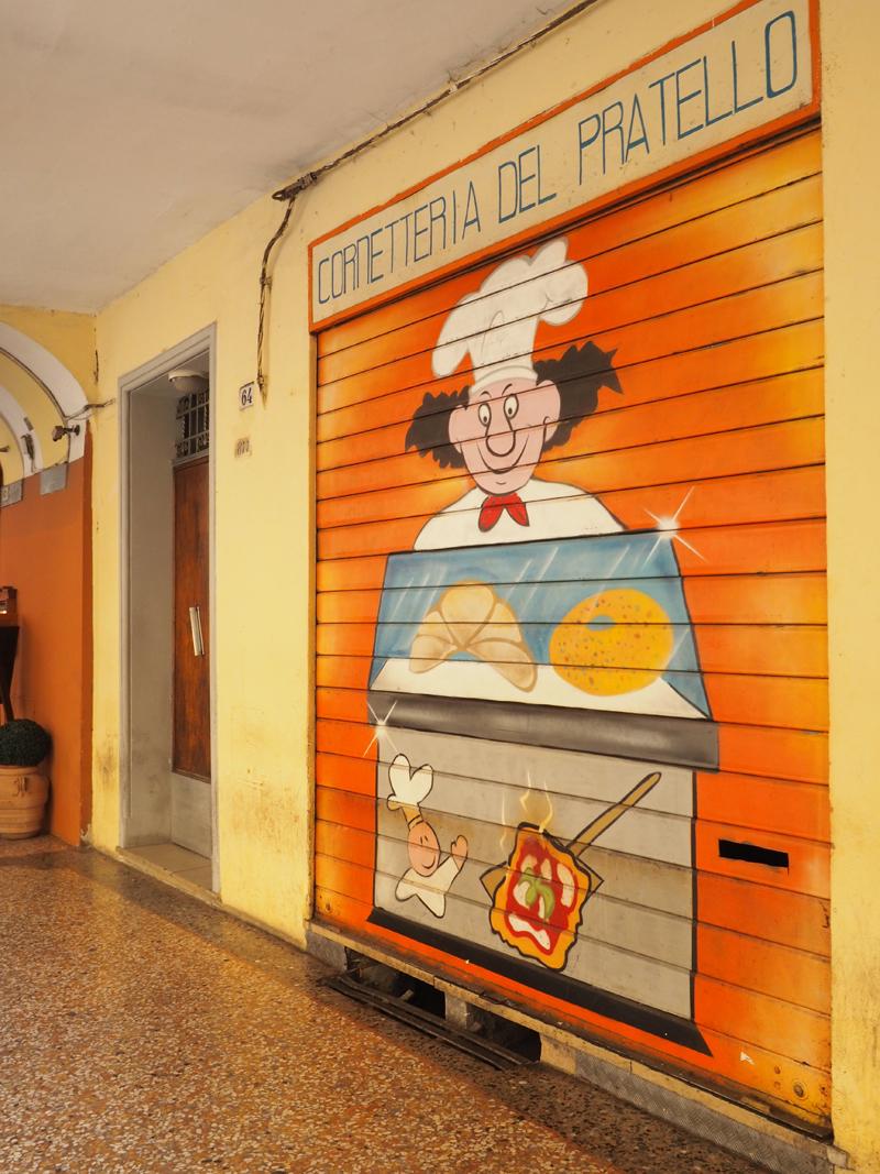 Where to eat in Bologna cornetteria del pratello