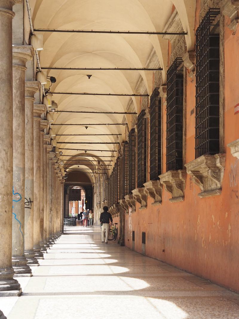 Arcade Via Zamboni Bologna