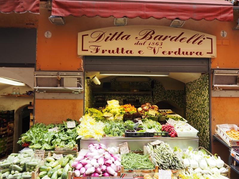 Where to eat in Bologna Via Pescherie Vecchie Bologna