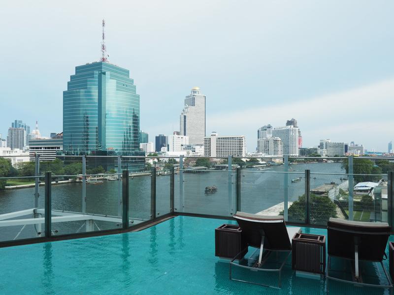 swimming pool Hilton Riverside Millennium Bangkok hotel