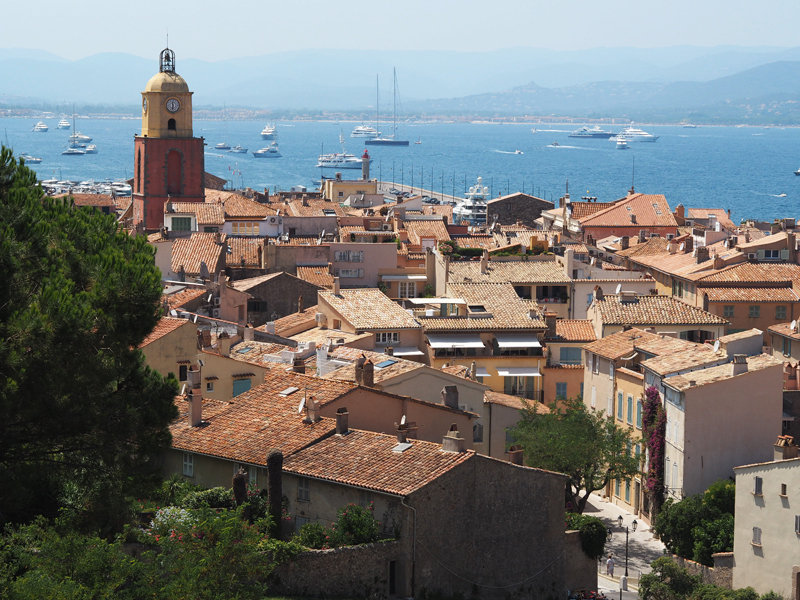 village Saint Tropez view from above