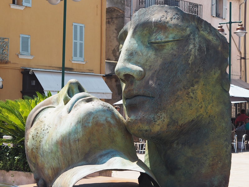 Cool things to do in St Tropez annonciade museum