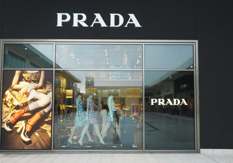 Factory Outlet in Italy : Castagno Villae- Prada Outlet Italy and ...