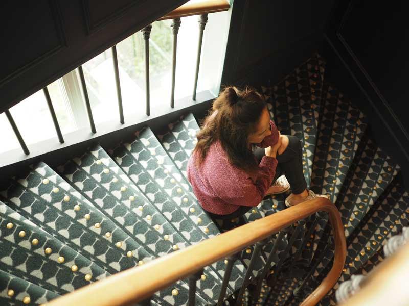 Amandine travel blogger Paris