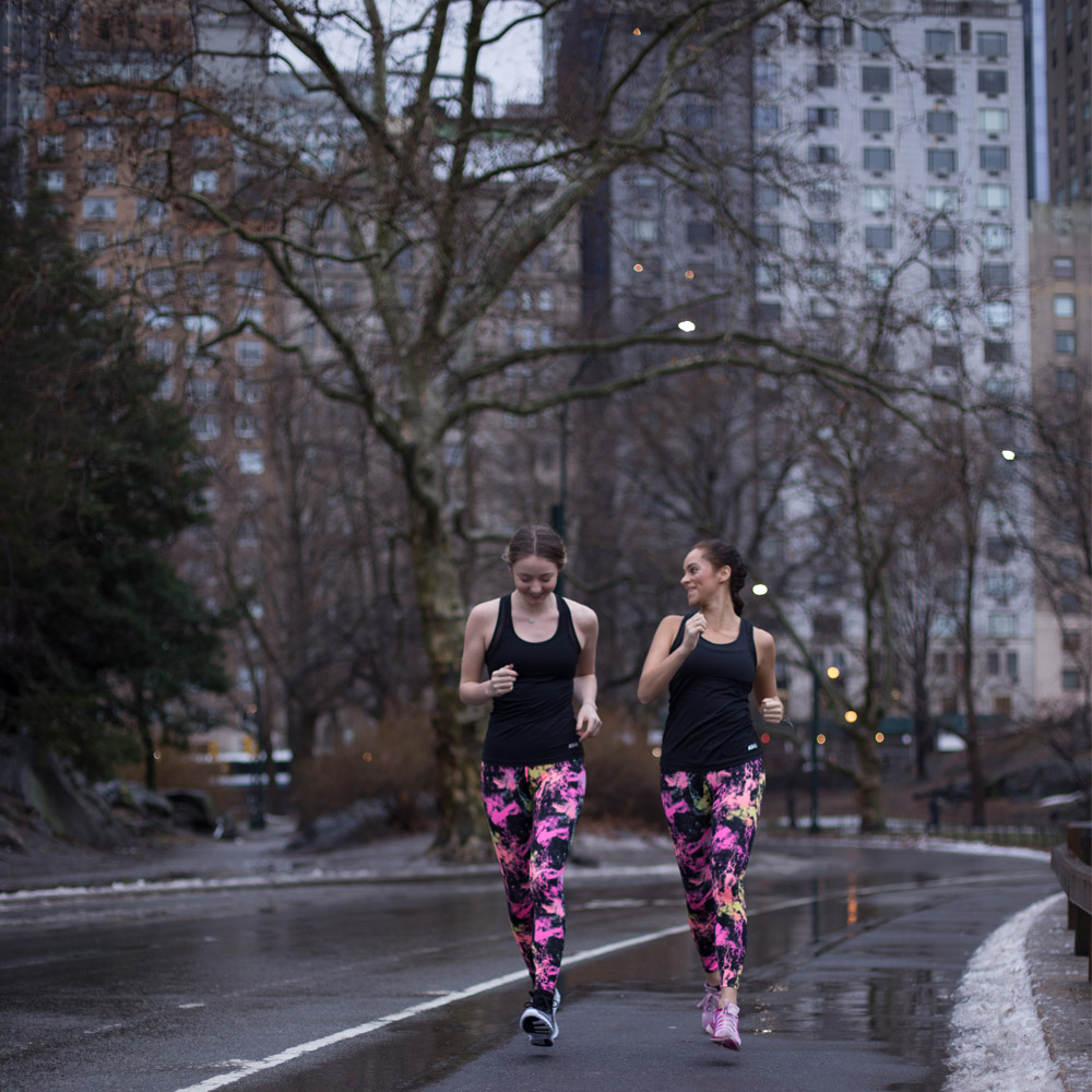 A run in Central Park wearing Gina Tricot Active Sportswear