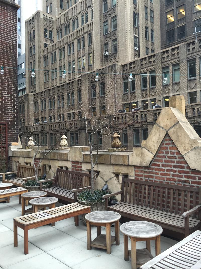 library hotel terrasse