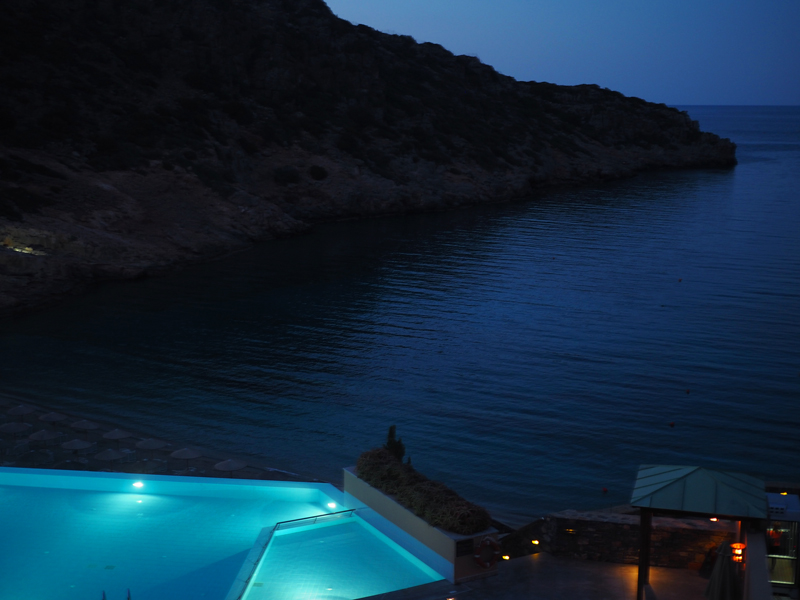Daios Cove at night 5 stars hotel Kreta Greece
