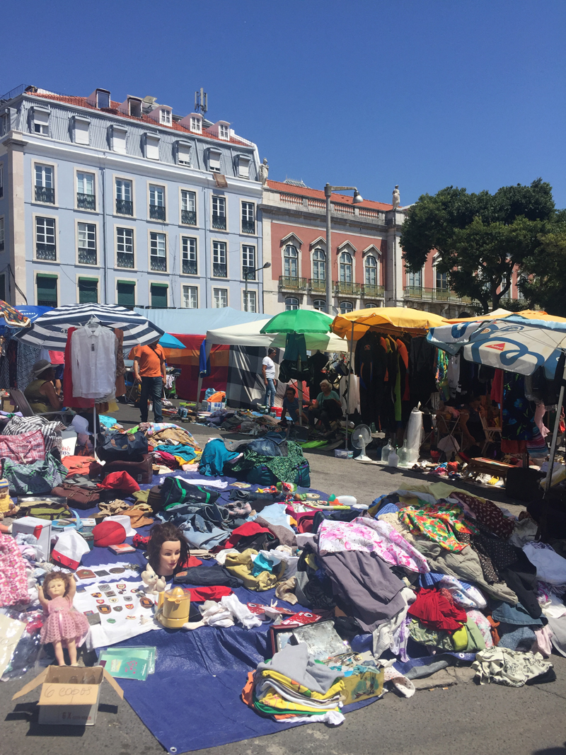 Weekend in Lisbon Feira da Ladra thieves market