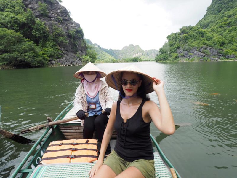 Trang An boat tour Vietnam's amazing karst landscapes Tam Coc