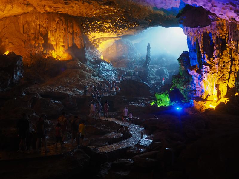 Vietnam's amazing karst landscapes Ha Long Bay Sun Sot cave