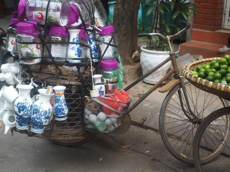 Pictures Hanoi old quarter bike