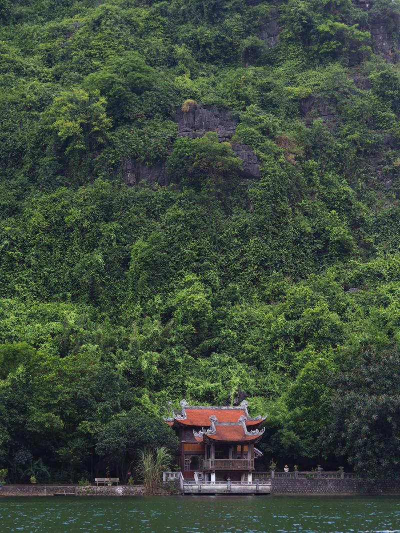 Vietnam's amazing karst landscapes Tam Coc Ninh Binh Trang An Unesco site