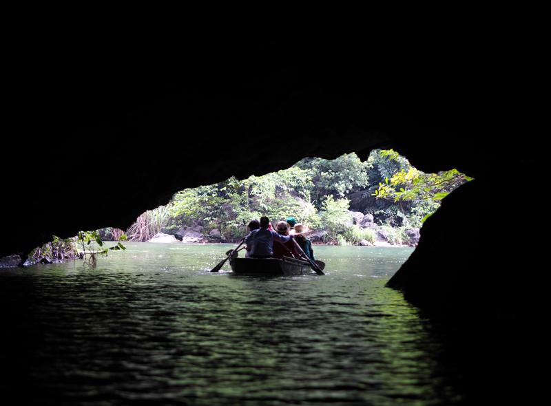 Trang An boat tour Vietnam's amazing karst landscapes Tam Coc Ninh Binh UNESCO SITE