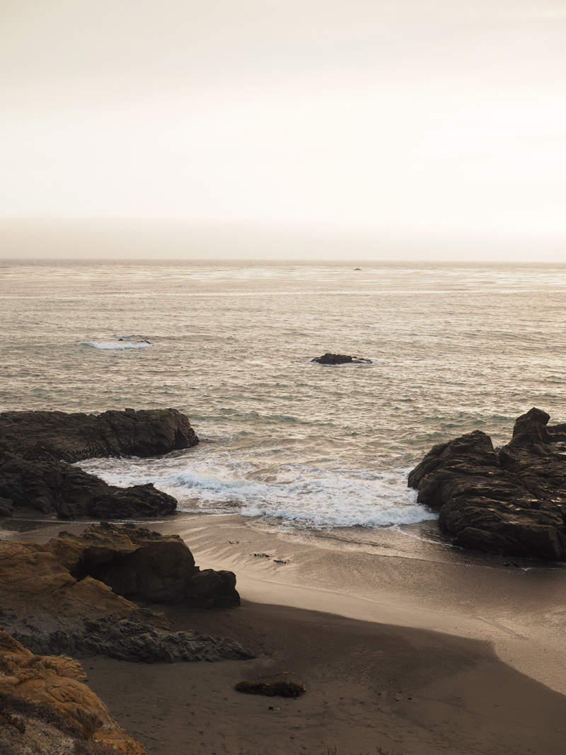 California road trip itinerary highlight highway 1 Pacific road Cambria beach