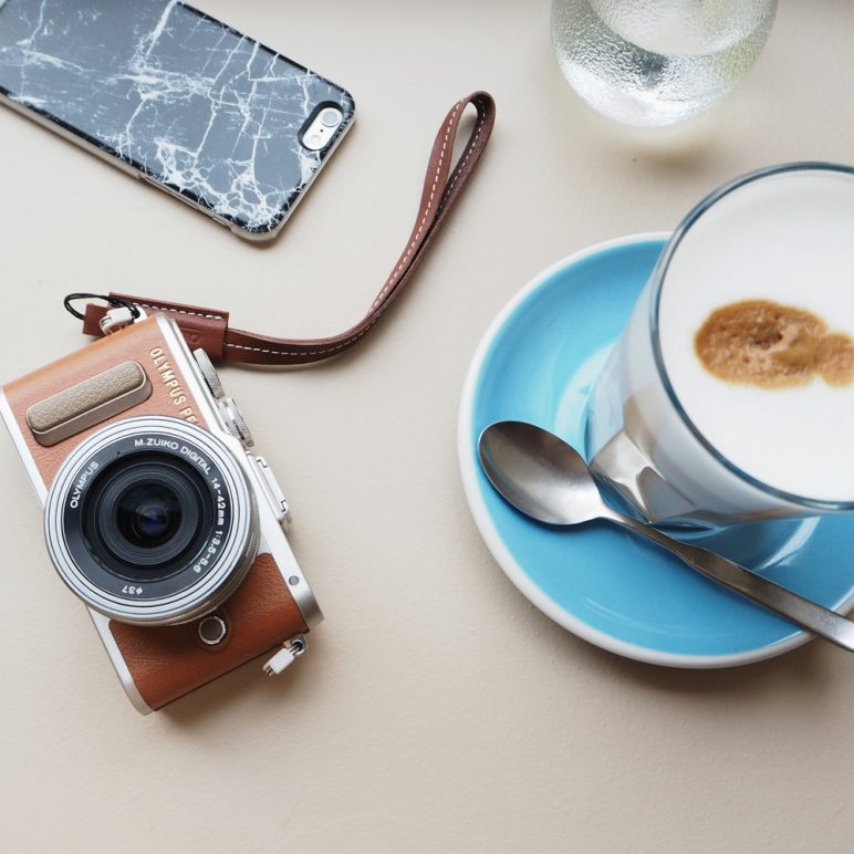 Exclusive offer for the Olympus PEN E-PL8 camera launch