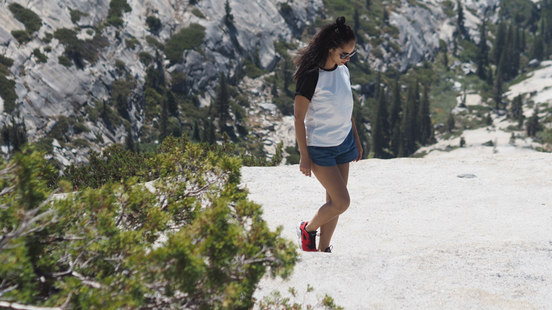 travel blogger hiking Yosemite national park California road trip