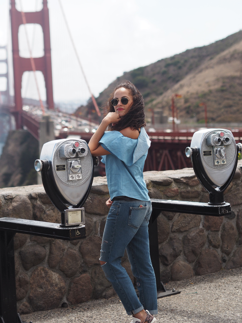 travel blogger on a day in San Francisco visit California