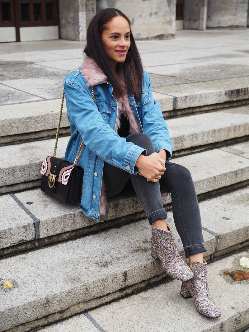 1ec7c5cec607d fashion blogger Germany wearing outfit Pinko love Bag Kylie Jenner pink fur  lined denim jacket glitter ...
