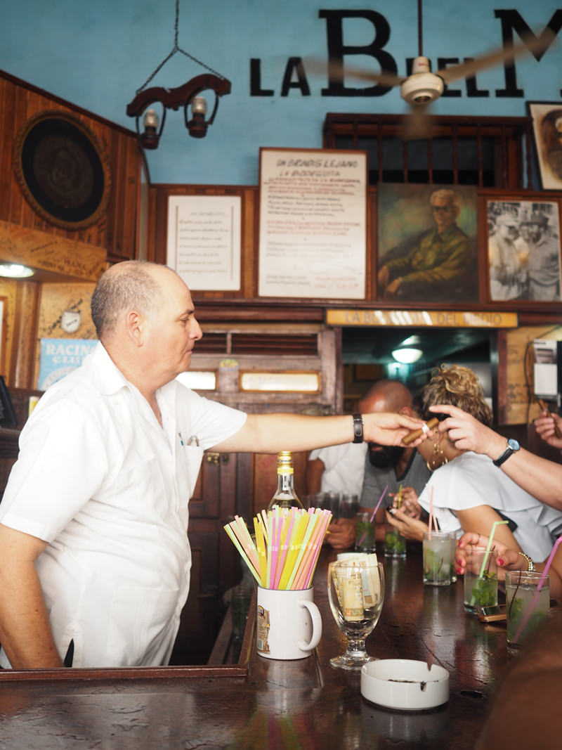Best-Mojito-Havana-Bodeguita-del-Media-Hemingway-bar