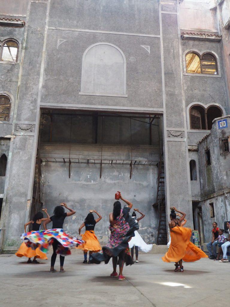 Cuba-Havana-Rumba-performance