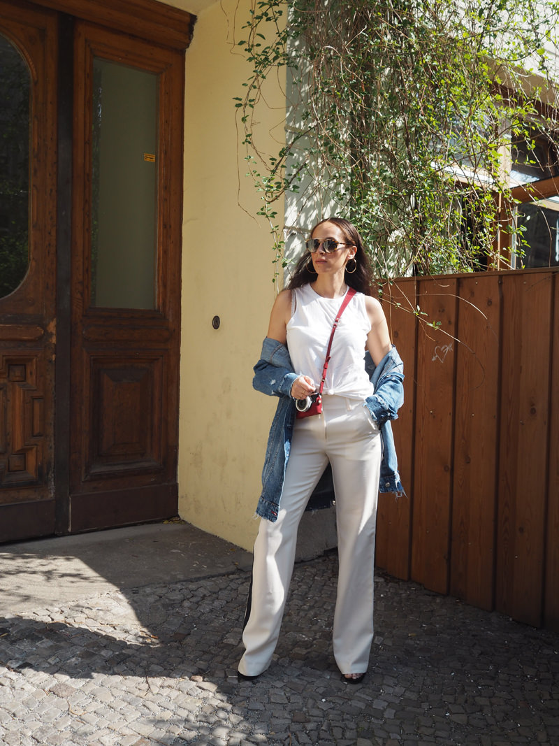 German-fashion-blogger-Lacoste-wide-leg-pants