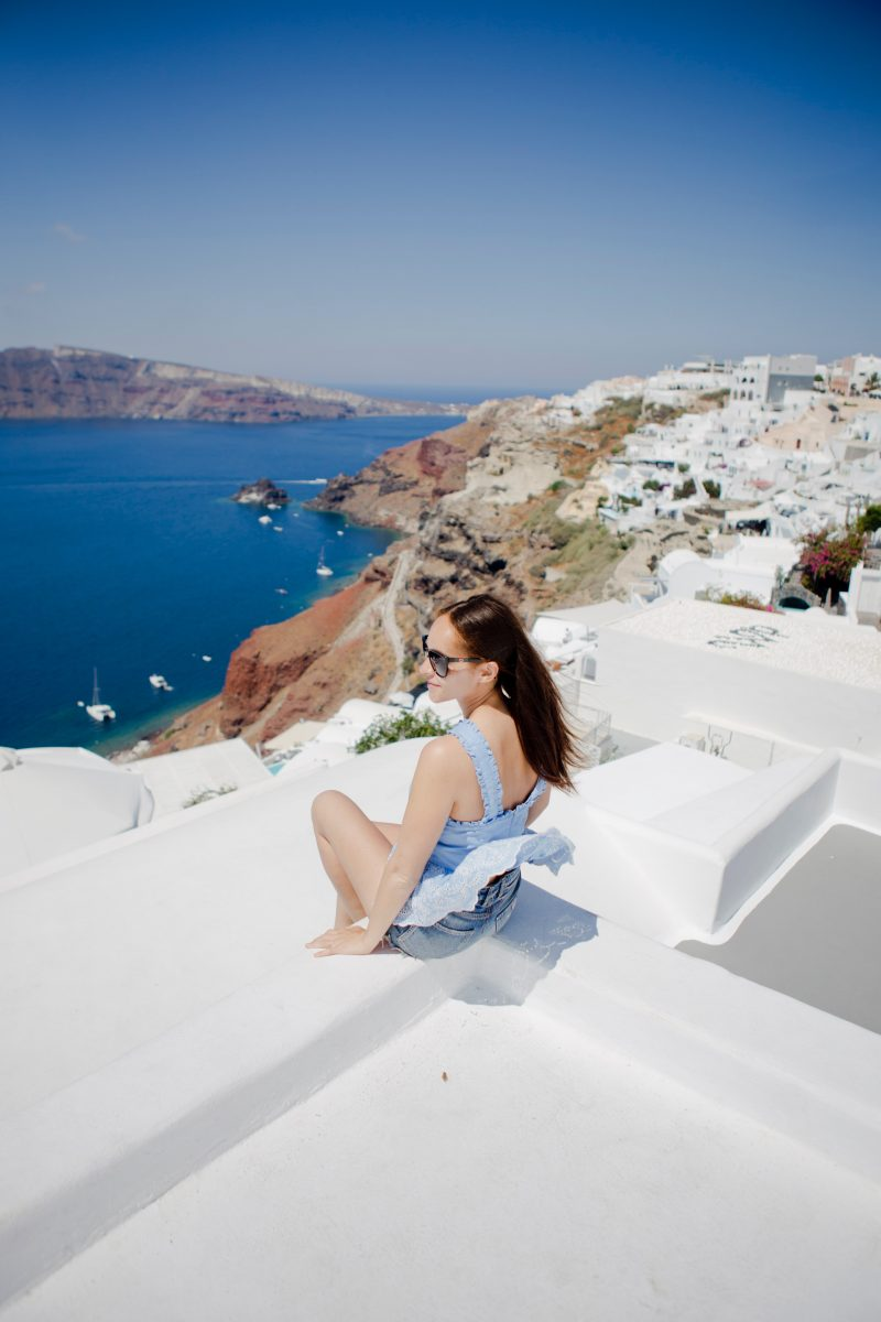 travel blogger oia Santorini Greece