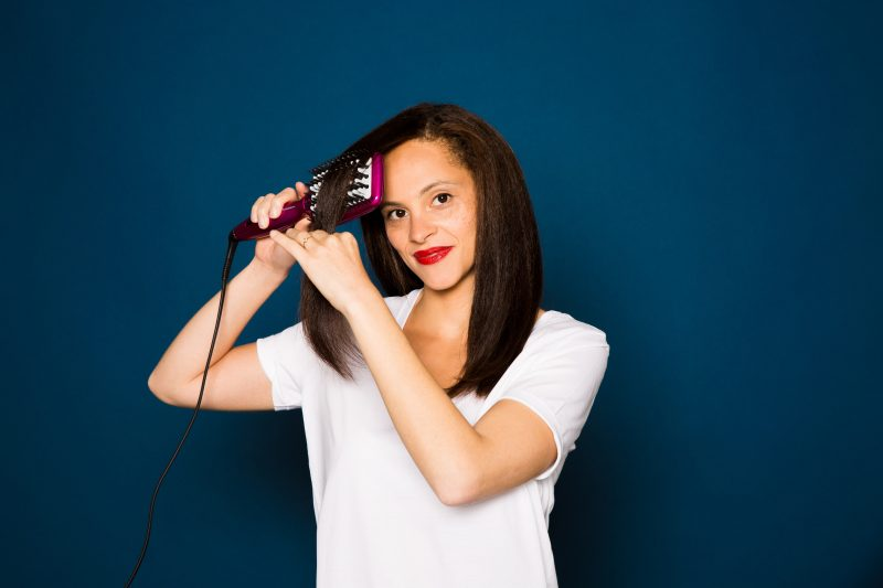 Straightening my hair with Babyliss Iconic brush