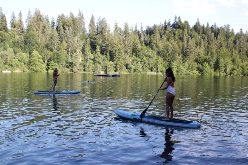 Stand Up Paddling Crestasee Switzerland summer vacation in Flims